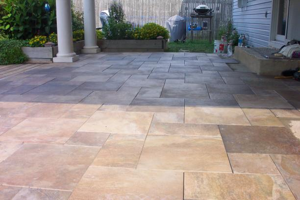 Patio Floor JPG 38471 Bytes